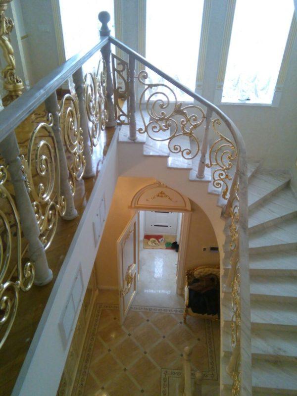 Лестницы и ограждения премиум класса 12